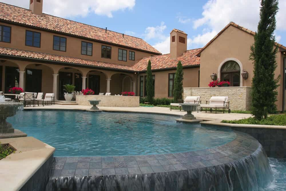 40 beautiful pools_34