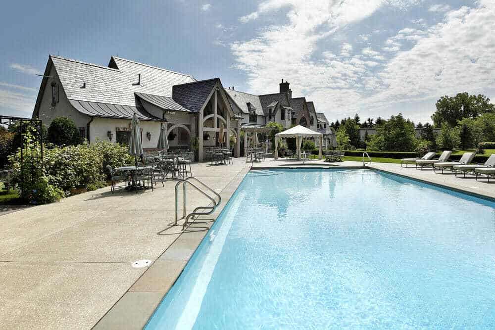40 beautiful pools_9