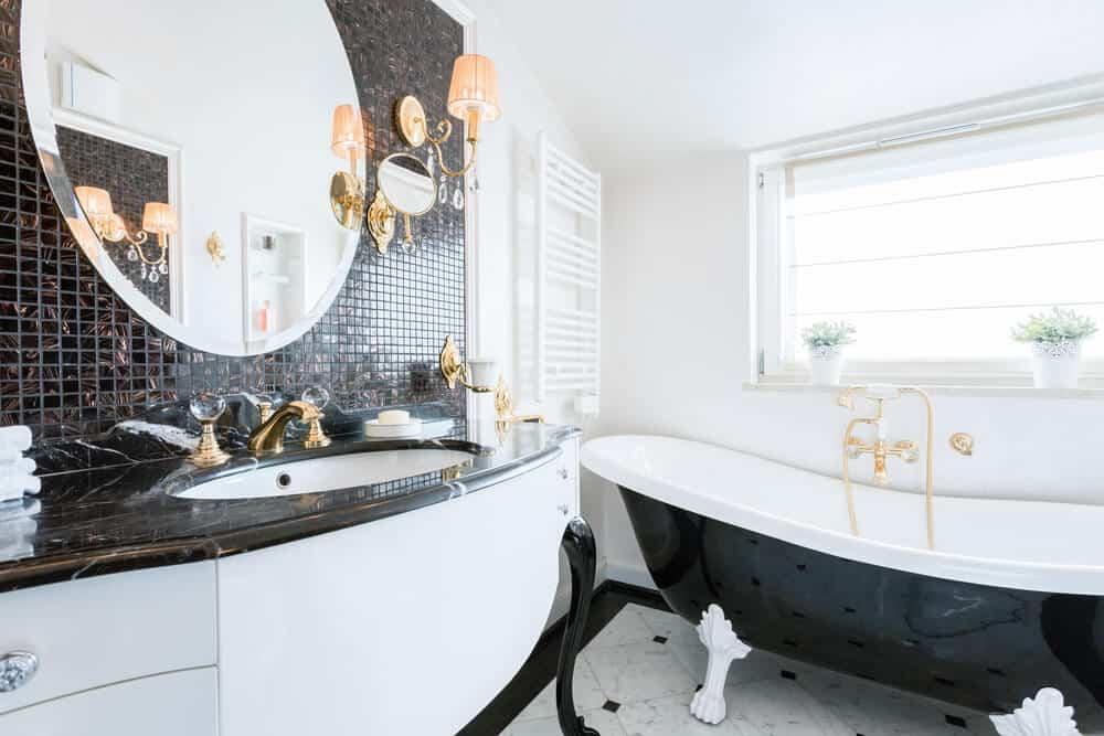 The contrast of black and white makes the room look stunning.
