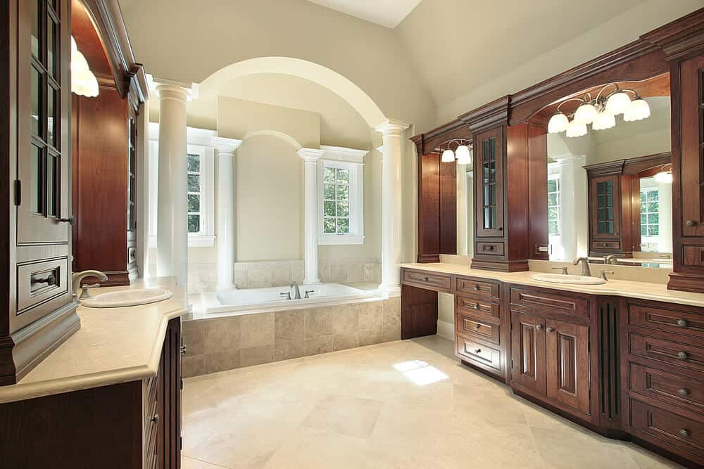 The use of columns can really give a high end look and feel that will set your bathroom apart from the neighbors.