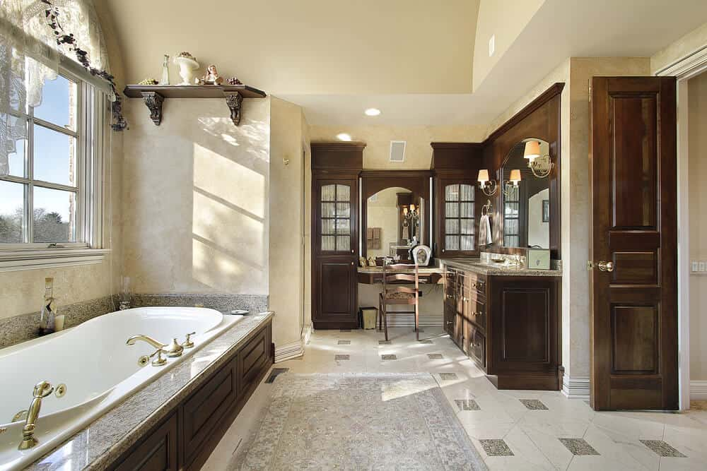 Elegance is what the right word for this bathroom. The cabinets and doors matching can really add to the overall feel.